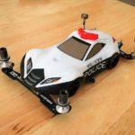 パトカー型ミニ四駆の製作記録(1)トルクルーザーのクリヤーボディをパトカー仕様に塗装・メイクアップ
